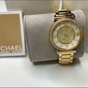 Gold fancy Michael Kors watch! 🤩